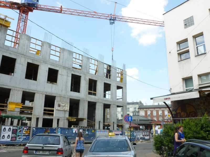 Tenement construction at 1 Nowy square (2)