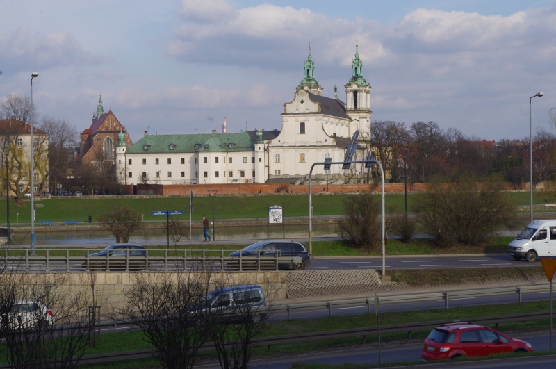 Inflancki Boulevard, view of the church in Skałka