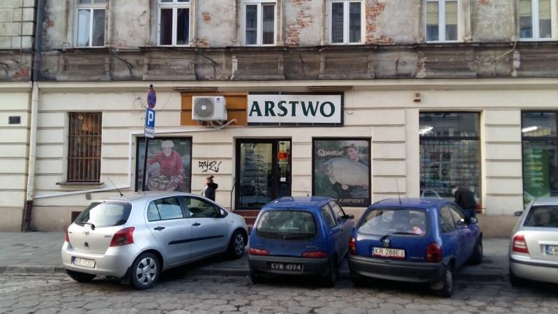 Facade of townhouse at 24 Joselewicza street