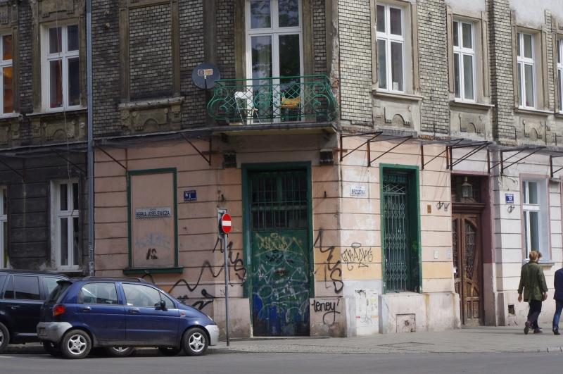 Corner tenement in Berka Joselewicza and Brzozowa streets