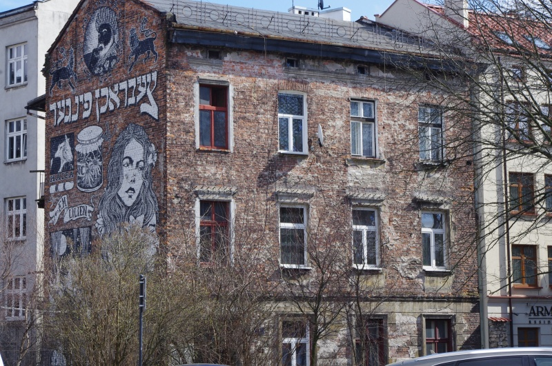 Tenement in Bawół street, mural on the side wall