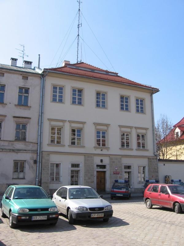 Police station in a tenement house on Szeroka street