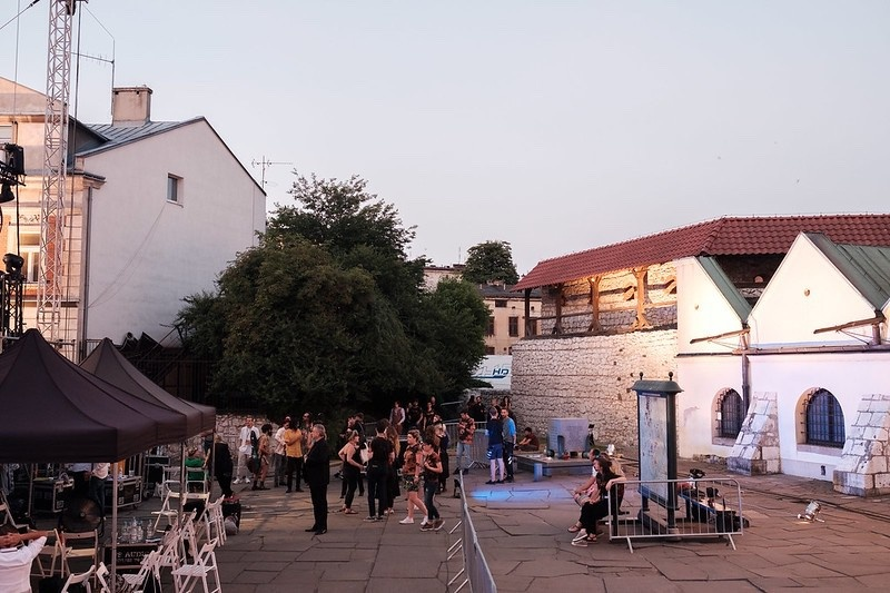 Preparations for the closing concert of the 29th Jewish Culture Festival, in the background Old Synagogue and defence walls