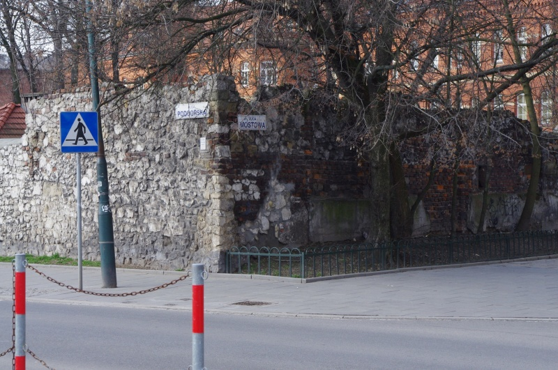 Wall at the junction of Mostowa and Podgórska street