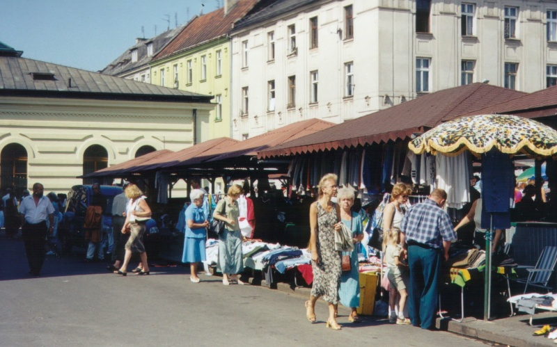 The Sunday flea market at Nowy square