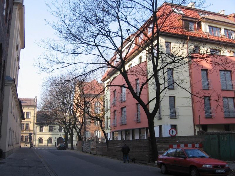 A new building at Trynitarska 5
