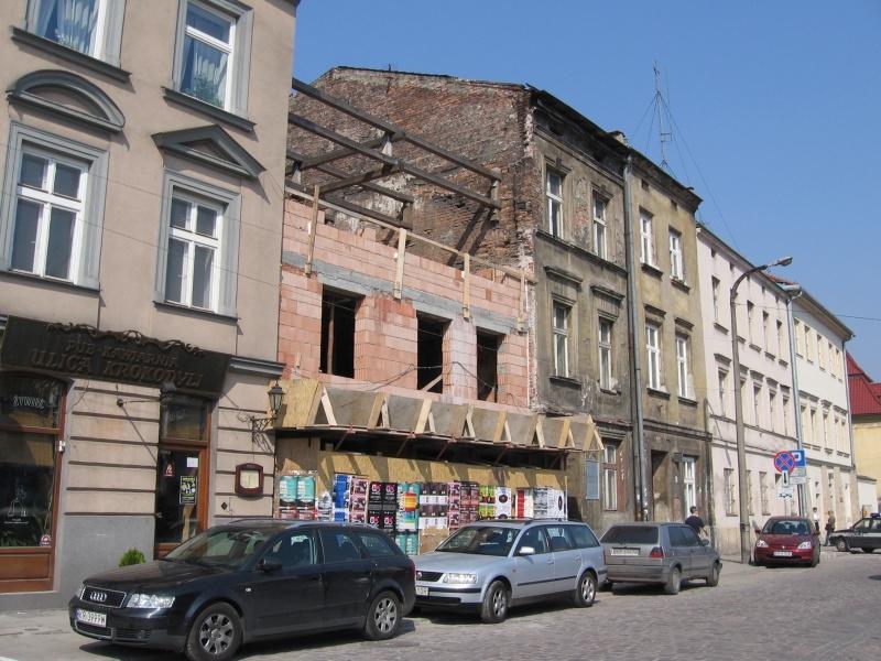 Construction of a new building on a plot at 31 Szeroka street