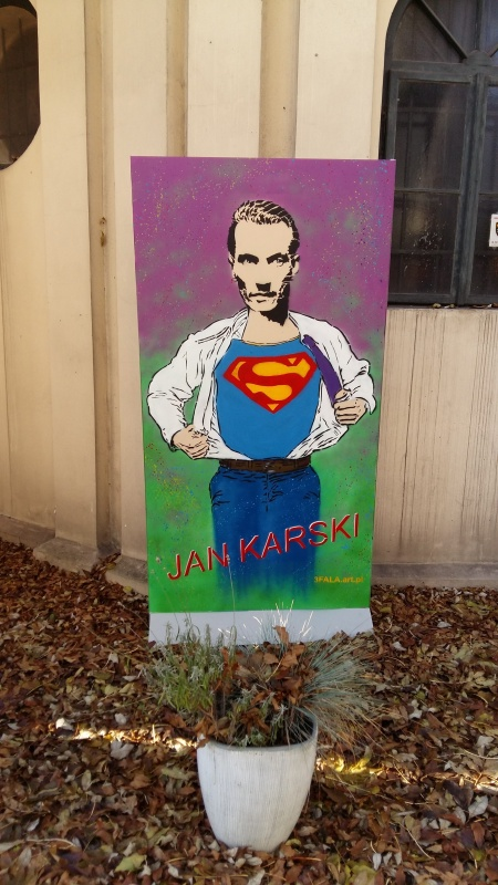 Jan Karski – Superman painting by the Jewish Community Centre