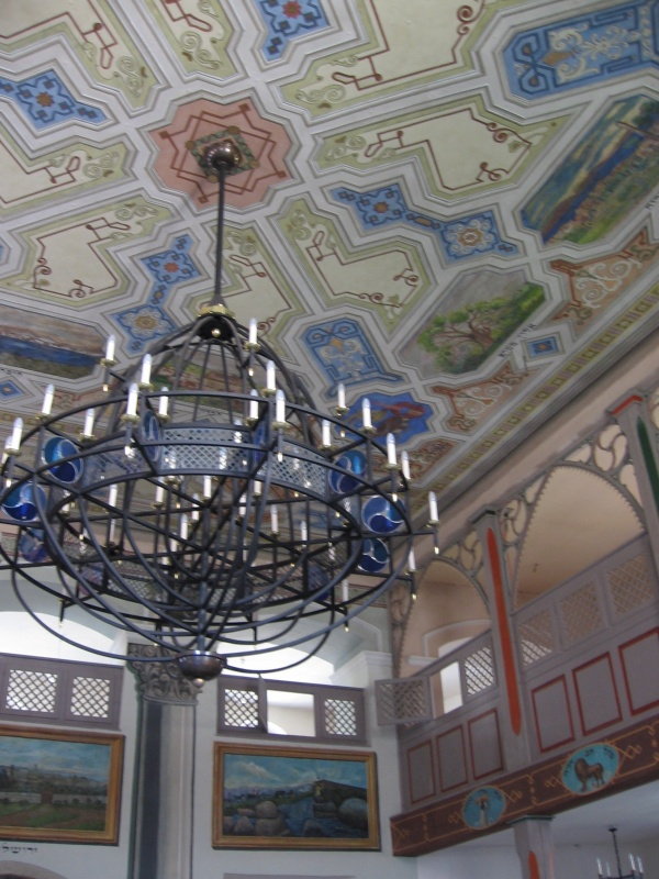 Renovated interior of the Kupa synagogue in 2006