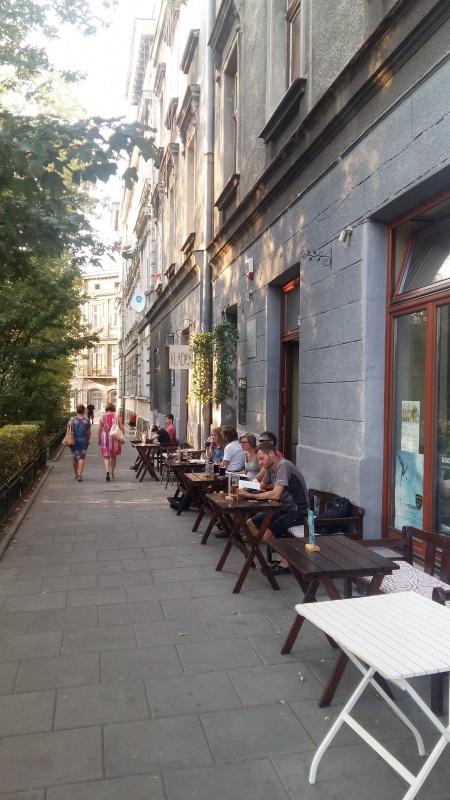 Ogródki kawiarniane przy ulicy Mostowej