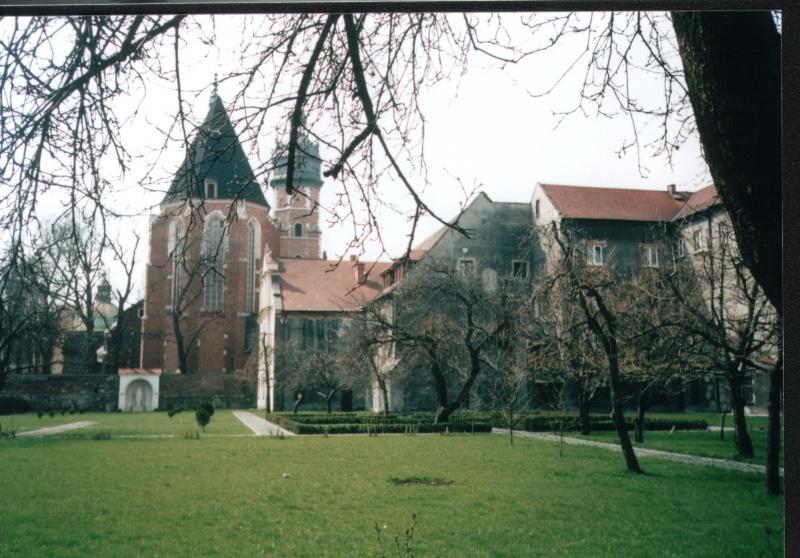 ogrody klasztoru Kanoników Regularnych Laterańskich