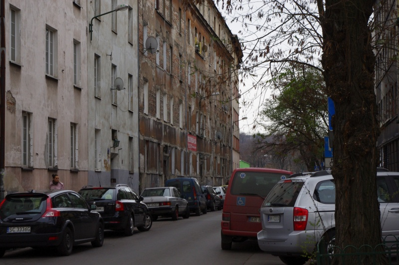 eastern frontage of street Wietora; view towards the south