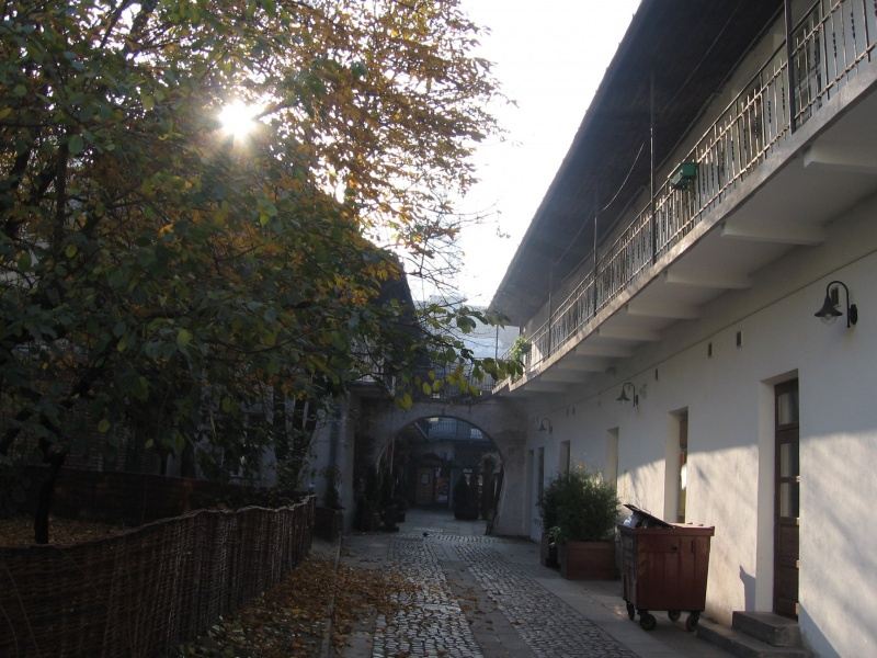 The courtyard at no. 12 Józefa street seen from the north