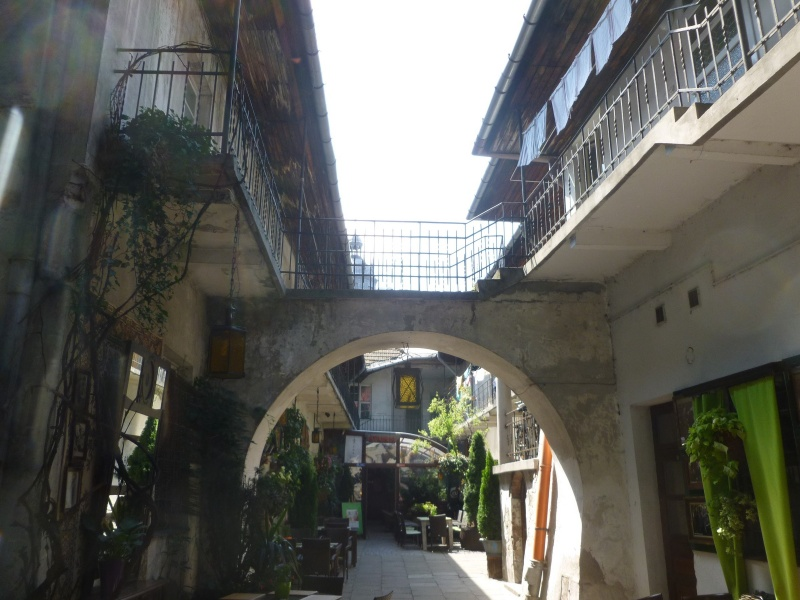 Courtyard in Meiselsa street (1)