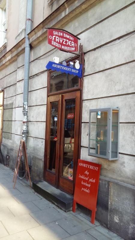 Ceramics shop and hair salon