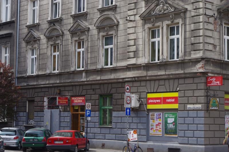 Shops on the groundfloor of a corner tenement