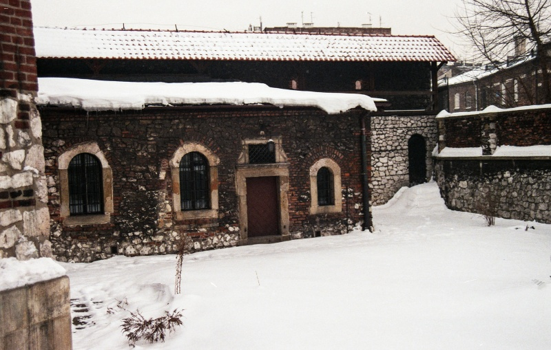 on the left buttress, courtyard, annex building, wall with porch