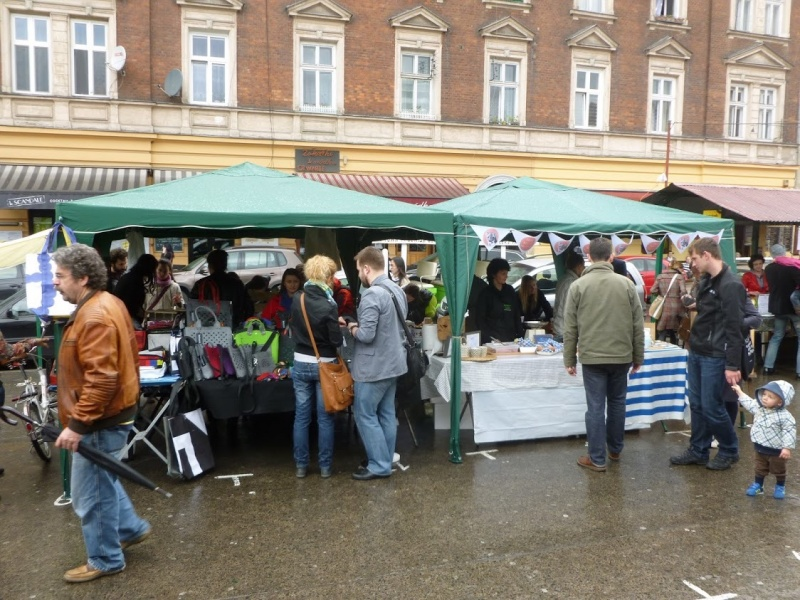 Arts and crafts fairs in Nowy square (3)
