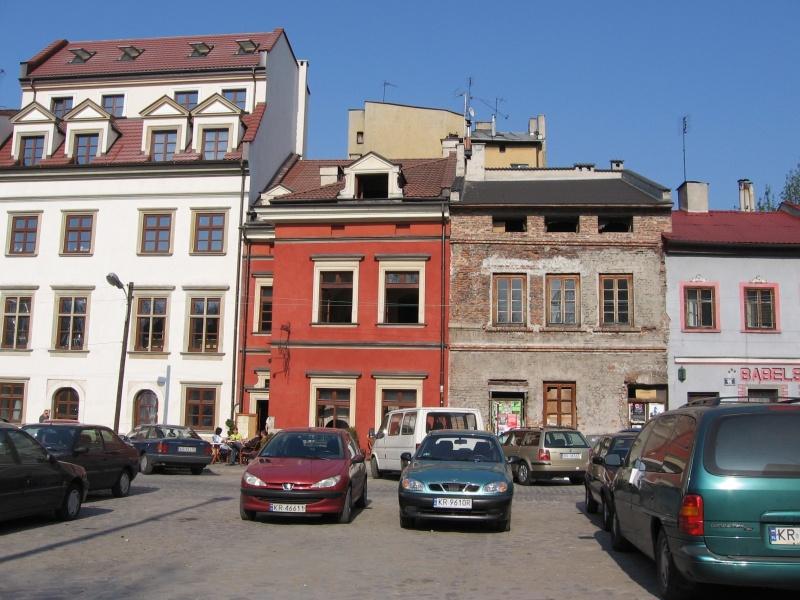 Part of the Eastern frontage of Szeroka street