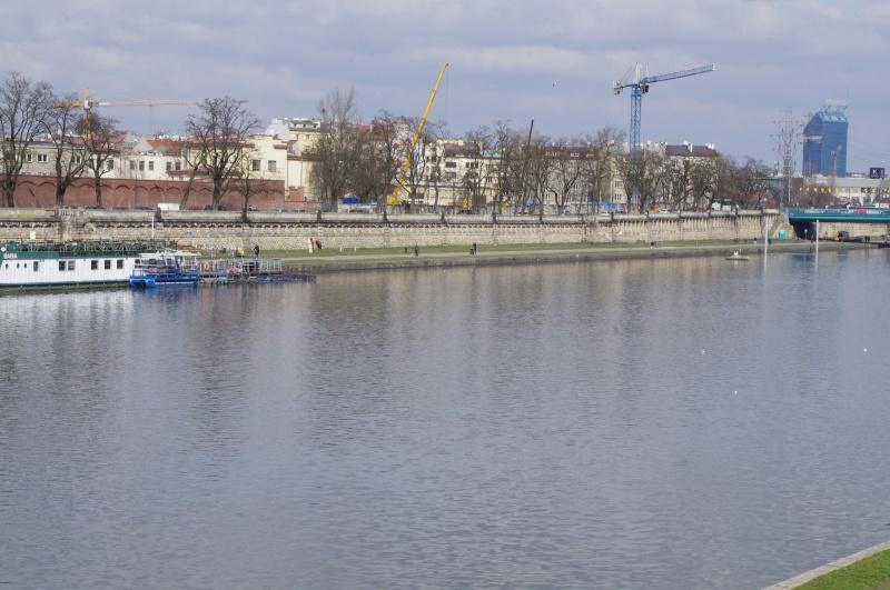 View of Kurlandzki Boulevard, construction site in the background