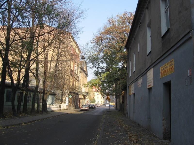 A view of Bonifraterska street with the building at on. 3a Mostowa street