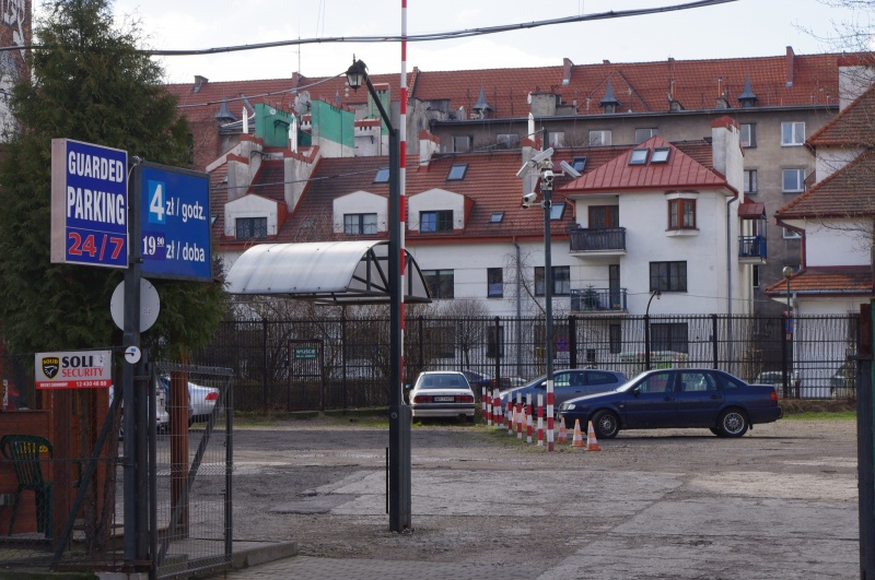 View of the street from the car park in Dajwór street