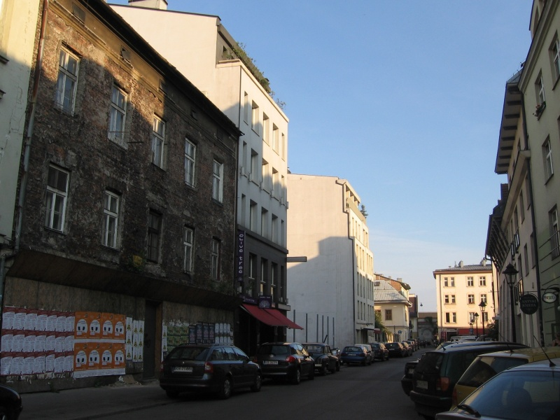 A view of Kupa street with buildings from different periods and in varied state of repair