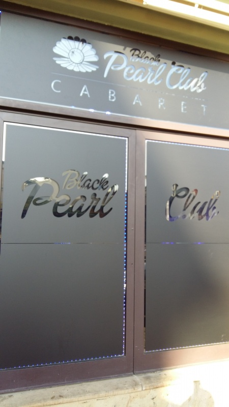 Black Pearl Club window