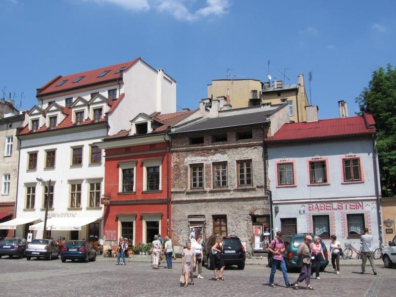 Wschodnia pierzeja ul. Szerokiej w 2007 r., samowola budowlana ul. Szeroka 12
