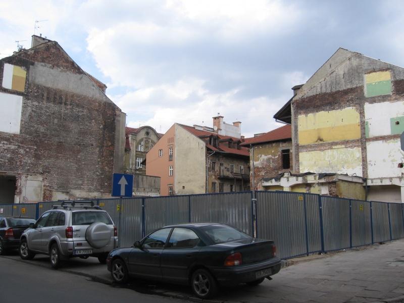 Wyburzone budynki na rogu ul. Augustiańskiej i Węgłowej